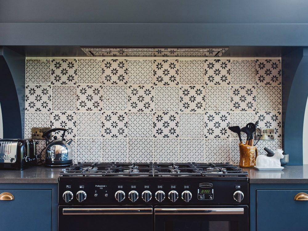 The tiled splash back at Kingshill farmhouse on the Elmley Nature Reserve. Interior design & styling by Rowan Plowden Design.