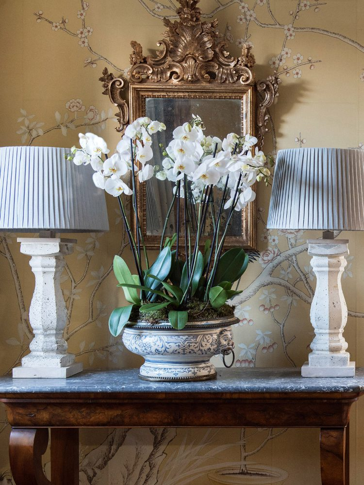 White lamps at Battel Hall. Interior design & styling by Rowan Plowden Design.