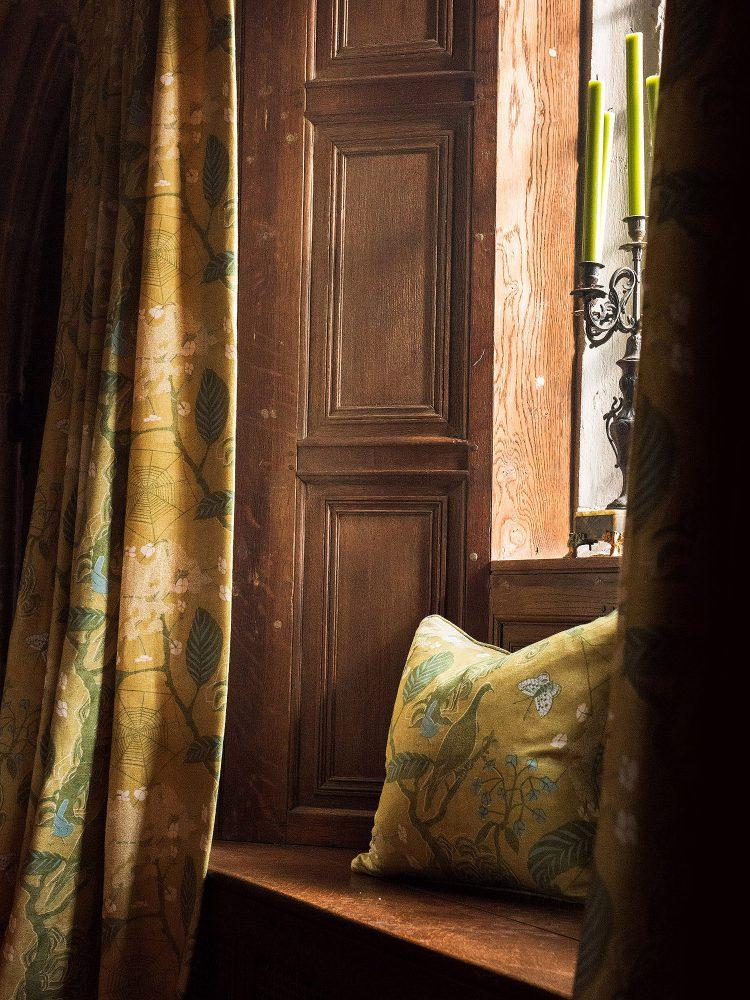 Wood panelled window at Battel Hall. Interior design & styling by Rowan Plowden Design.