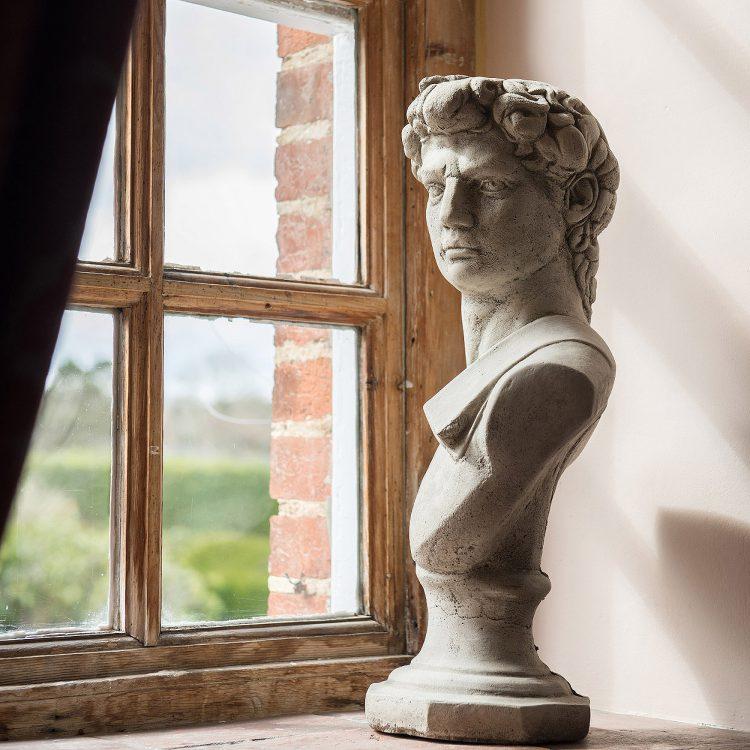 Window bust at Battel Hall. Interior design & styling by Rowan Plowden Design.